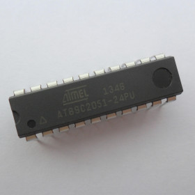 AT89C2051-24PU Microcontrolador de 8 Bits com Flash de 2kB