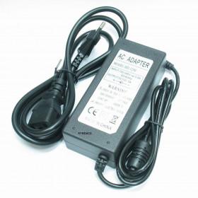 Fonte Chaveada 12V 5A com Plug P4 5,5x2,1mm e Cabo Tripolar